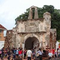 Percutian keluarga ke tempat menarik di Melaka