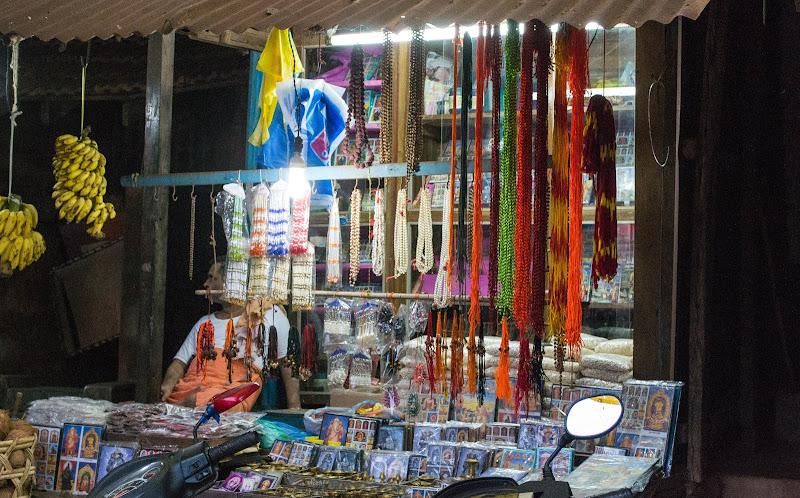 Small souvenir shops, Gokarna
