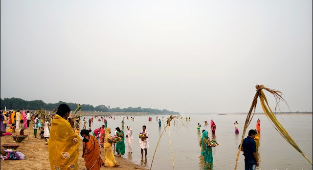 chathh puja at the ghats of the Sone river