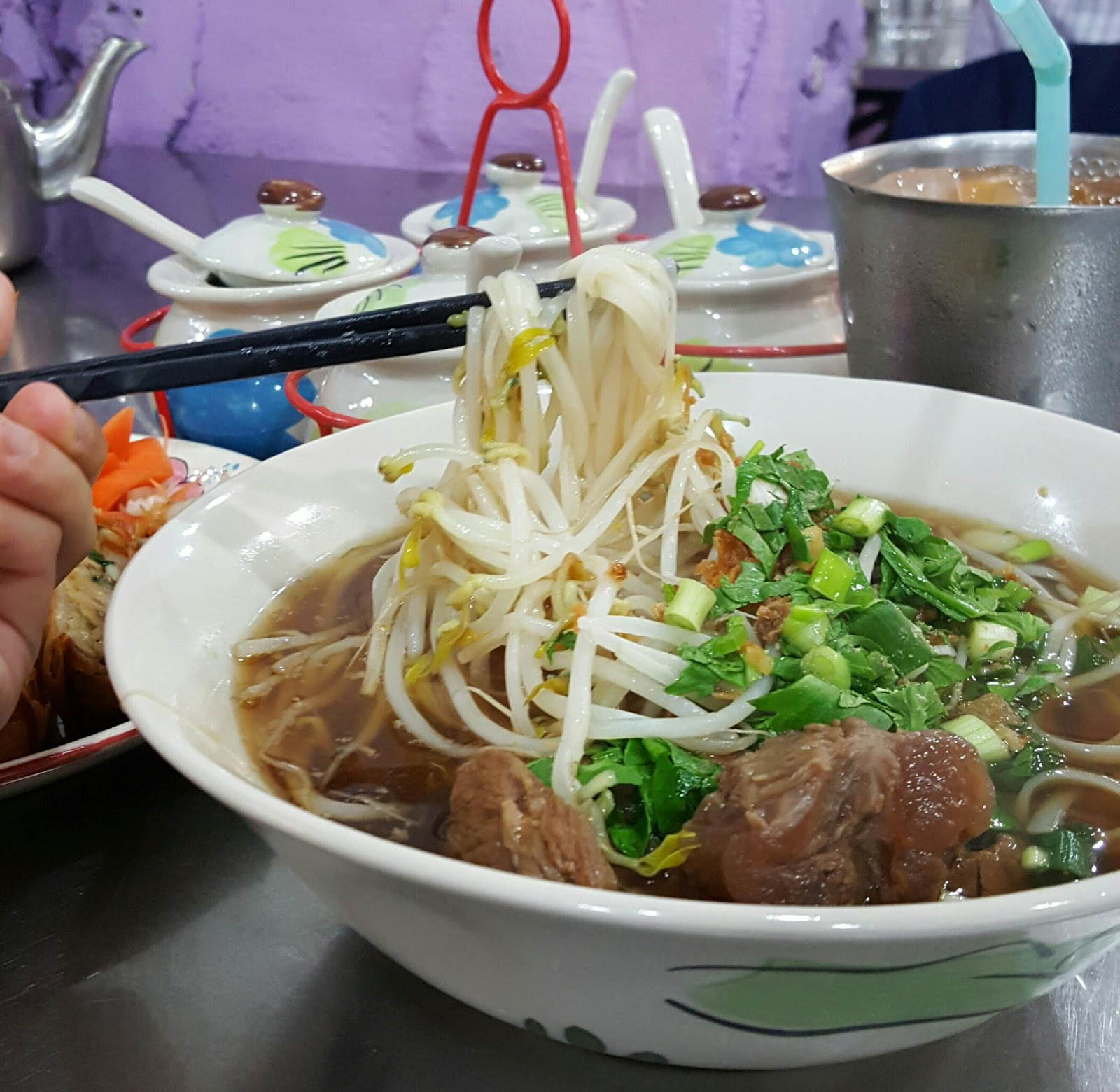 Soi So Eat Travel Repeat Korea 소이연남 Soi Yeonnam Thai Style Beef Noodle