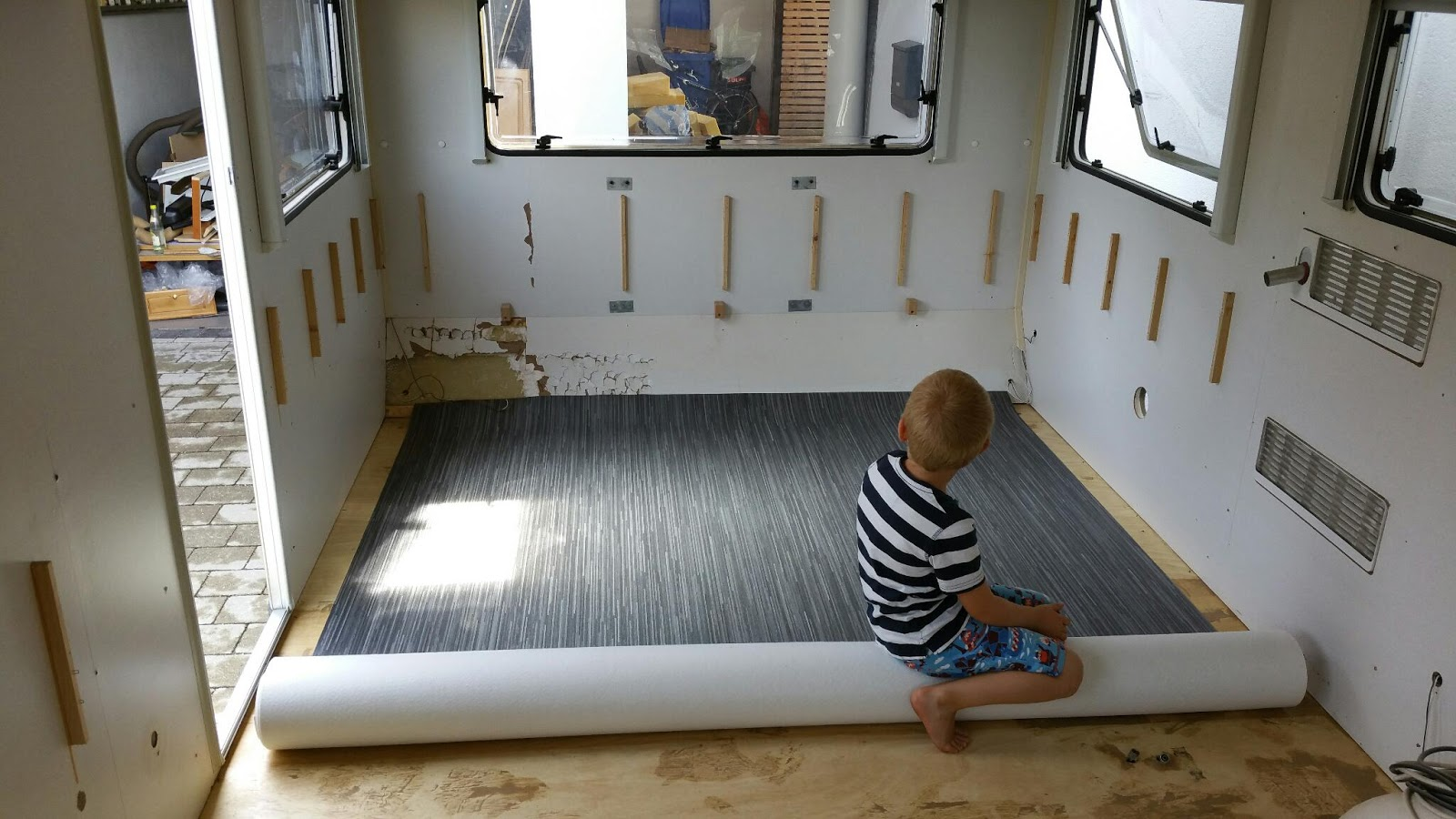 Wohnwagen Badezimmer Renovieren | Dusche Airstream Wohnwagen ...