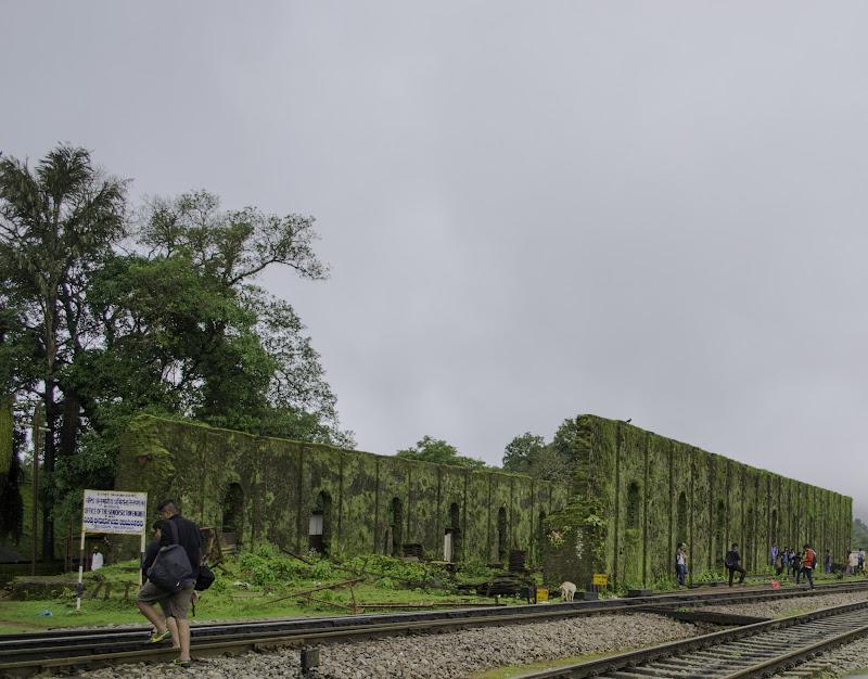 Deserted building at Castlerock - Doodhsagar Trekking