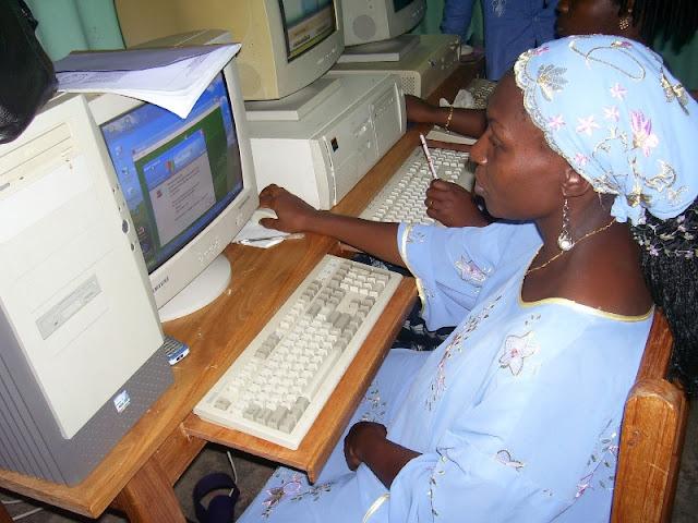 IT Training at HINT - nov19%2B017.JPG