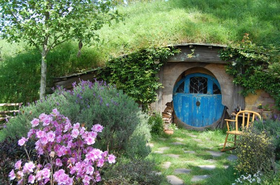 Hobbiton movie set pink bush
