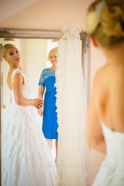porocni-fotograf-destination-wedding-photographer- bride-groom-slovenija-ljubljana-zenin-nevesta-poroka-fotografiranje-poroke-bled-slovenia- hochzeitsreportage, hochzeitsfotograf,hochzei (16).jpg