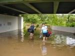 Überflutete Durchfahrt