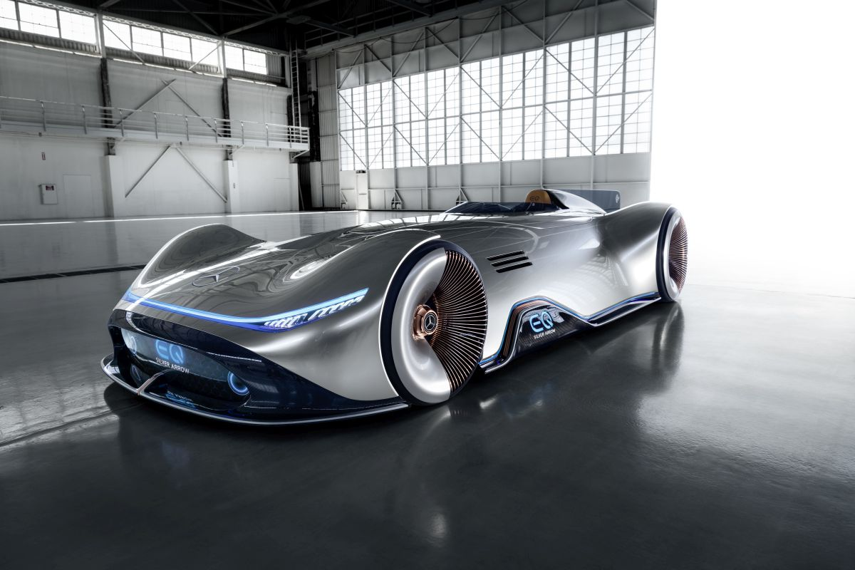 Cars Of The Future 2018 Mercedes Benz Vision Eq Silver Arrow Concept W Video