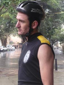 Global Gutz - Contemplative Paddy comtemplates the rain