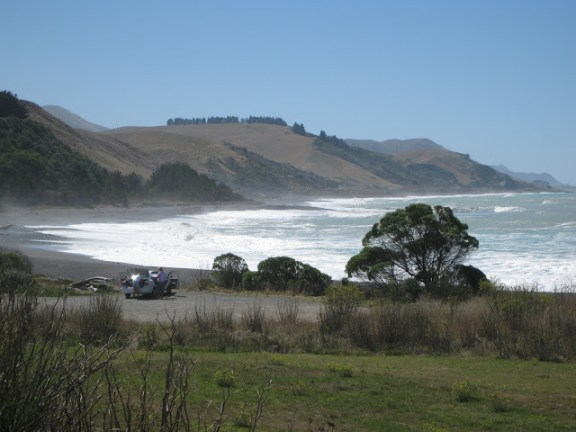 View of the South Island's east coast between Blenheim and Kaikoura