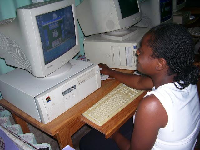 IT Training at HINT - nov19%2B014.JPG