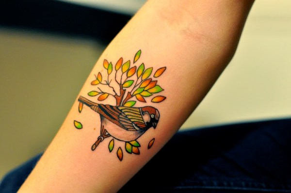 top 10 best sparrow tattoo designs and ideas tattoos me. Black Bedroom Furniture Sets. Home Design Ideas
