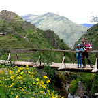The pisac ruins are to the left.