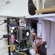 elab hackerspace gsm access control system left side view.JPG