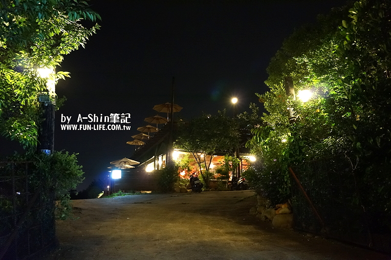 鳥居夜景咖啡3