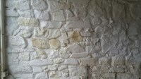 Renovating an old stone cottage: Sandblasting painted walls