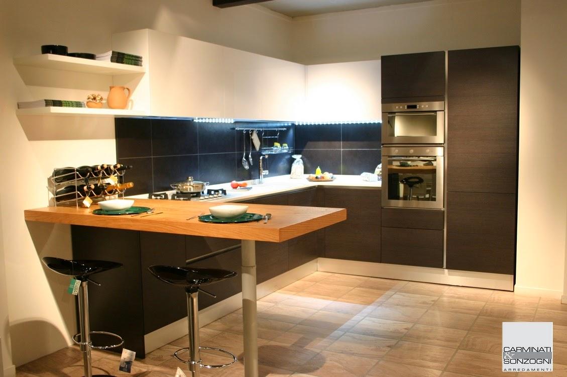 Cucina Moderna Con Piano Cottura Angolare | Cucine Moderne Con Piano ...