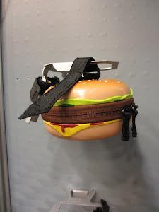 Hamburger Saddlebag