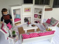 Queen Emma Designs: Living room and parlor set to fit