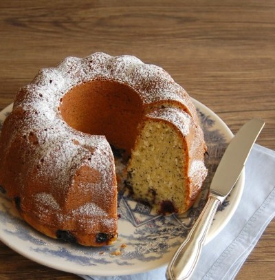 Technicolor Kitchen - English version: Lime, coconut, poppy seed and blueberry cake and recipes ...