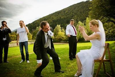 porocni-fotograf-wedding-photographer-poroka-fotografiranje-poroke- slikanje-cena-bled-slovenia-ljubljana-bled-hochzeitsfotografho (124).jpg