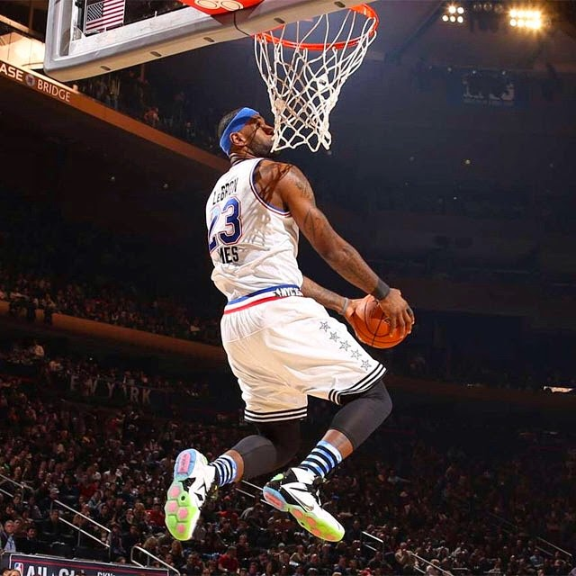 Falling In Reverse Wallpaper Iphone 4 King James Puts On A Show In Nike Lebron 12 All Star Game