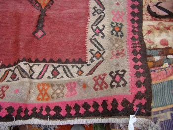 The Estate of Things chooses Kilim from Rose Bowl Flea Market