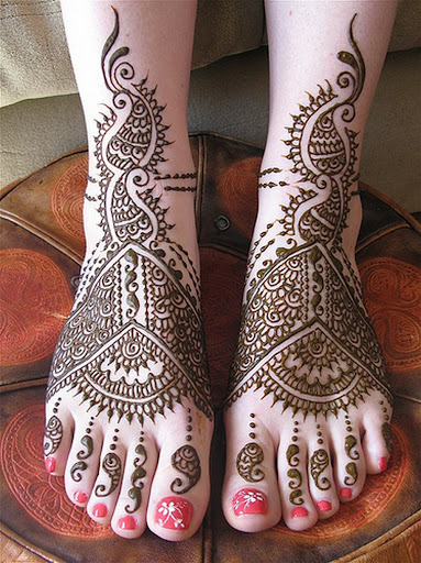 mehandi designs for feet