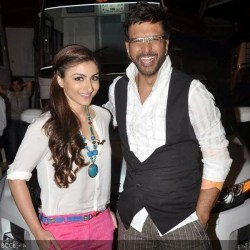Soha Ali Khan with Javed Jaffrey during the promotion of the movie War ...