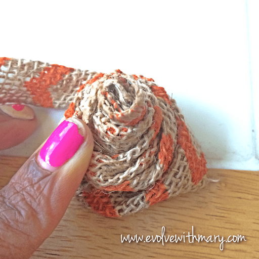 how to make a flower out of burlap ribbon