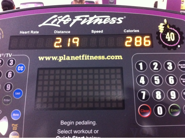 40 Days 40 workouts Day 7 Elliptical Trainer at Planet Fitness