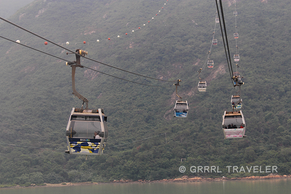 nong ping cable car hong kong, cable cars