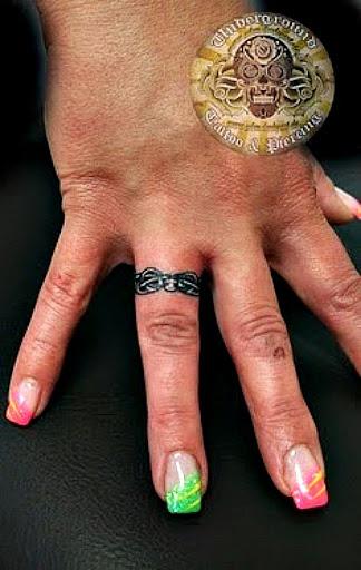 tattoos ring finger