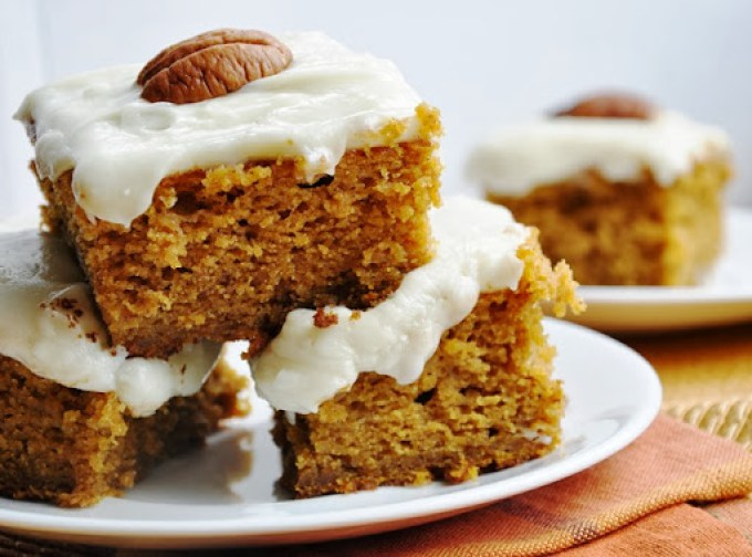 pumpkin cake bars reduced-fat 095