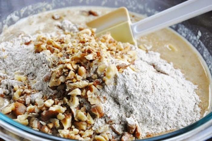 Spiced Rum Banana Nut Bread w.Cream Cheese Glaze (2)