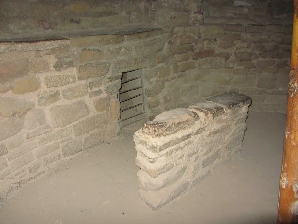 Fireplace and Ventilation in Kiva.JPG