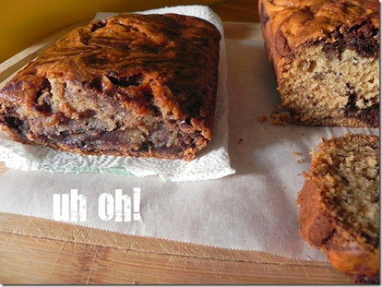 dark-chocolate-marbled-banana-bread-4