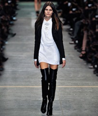 Over-the-Knee-Boots_articleimage