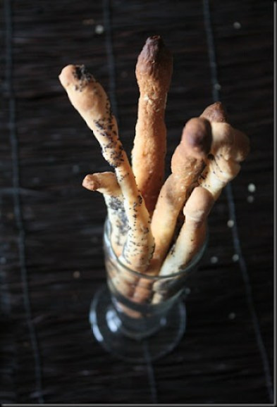 Make extra of these hard to resist bread sticks. Serve them in baskets, or standing tall in a beautiful glass or ceramic jar with variety of dips.