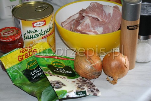 Żeberka w kapuście wieprzowina smazone przepisy czytelnikow polska obiad danie glowne codzienne  przepis foto
