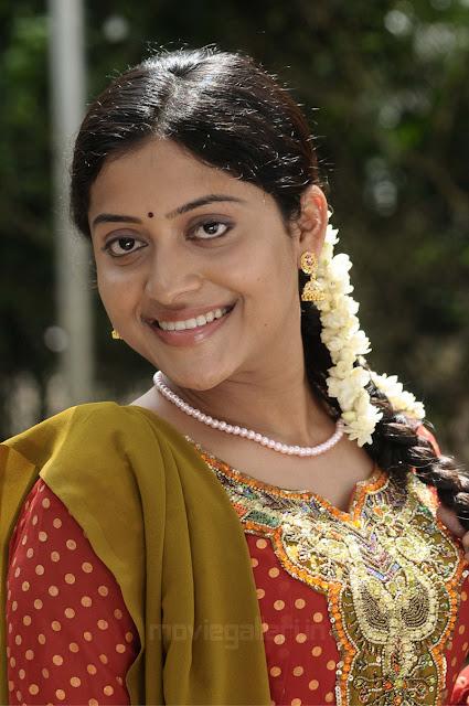 Prabhakaran Hd Wallpapers Kavitha Nair Stills Mudhal Idam Actress Kavitha Nair