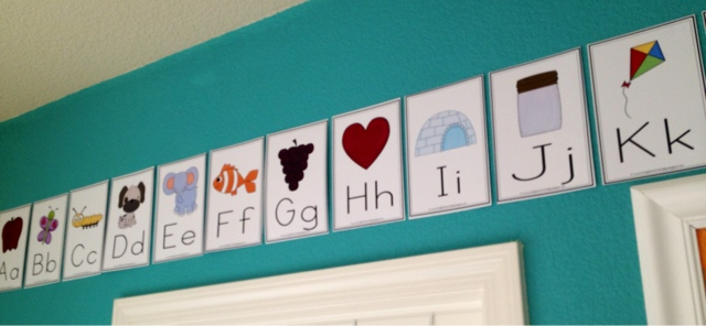 Adorable Printable Alphabet Wall Cards - Lil\u0027 Scholars University