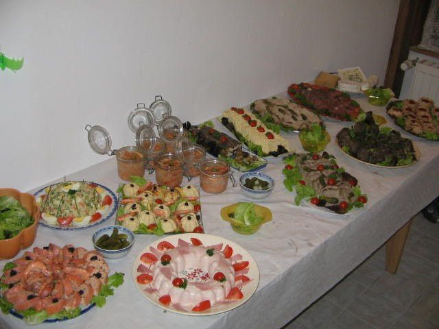 Buffet Dinatoire Pour Le Reveillon Destockage Noz, Industrie Alimentaire, France, Paris
