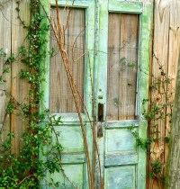 Outdoor Decor Using Old Doors