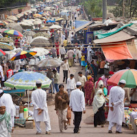 huge market in front of Jama Masjid, a beautiful place of worship