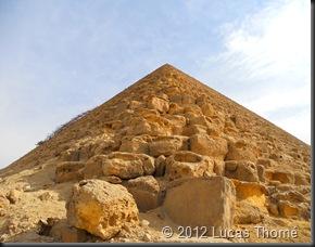 Red-Pyramid3