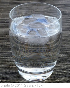 'Glass of Water' photo (c) 2011, Sean - license: http://creativecommons.org/licenses/by-nd/2.0/