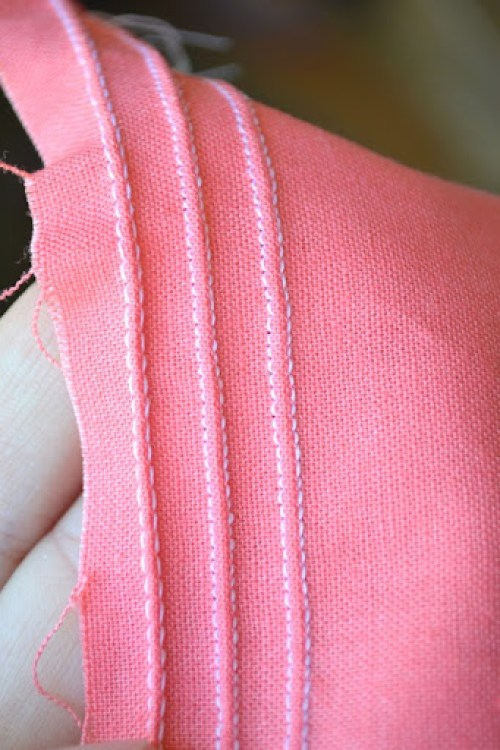 Pintucked Pouch Tutorial + Pattern!