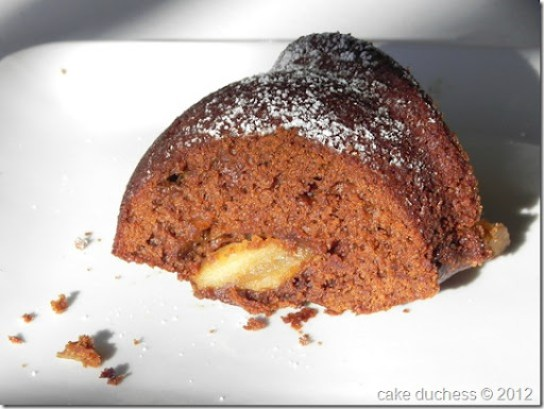 gingerbread-apple-bundt-cake-2
