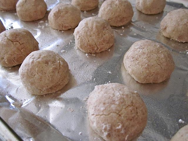 baked polvorones