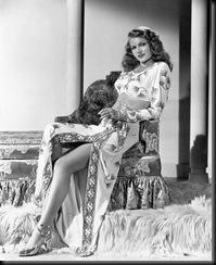 Rita_Hayworth_Gilda(1946)_02B-744570